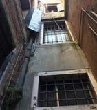 Здания и архитектурноакустические детали в Венеции Стоковые Фото