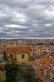 Здания и дома состоя из комплекса замка Праги Стоковое Изображение RF