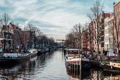 Здания и улицы в Амстердаме, Нидерландах стоковое фото