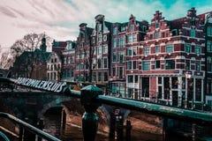 Здания и улицы в Амстердаме, Нидерландах стоковая фотография rf