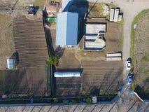 Здания на месте Ангар от профиля металла, рифлёного Учреждение дома Стоковое фото RF