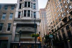 Здания на улице грецкого ореха в Филадельфии, Пенсильвании Стоковые Фотографии RF
