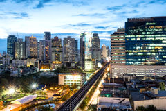 Здания небоскреба Бангкока под twilight небом Стоковая Фотография