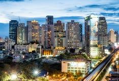 Здания небоскреба Бангкока под twilight небом Стоковое Фото