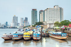 Здания небоскреба в Бангкоке Стоковое Изображение RF