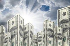 Здания небоскреба сделанные от банкнот доллара Стоковая Фотография RF