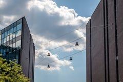 2 здания, облака и уличного света Стоковые Изображения RF