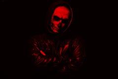 Злий человек на черной предпосылке Стоковое Изображение