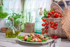 Здоровая еда с свежими овощами Стоковые Изображения RF