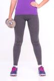 Здоровая молодая спортсменка делает тренировки Стоковая Фотография RF