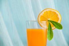 Здоровое питье в утре стоковые изображения