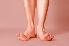 Здоровые женские ноги Стоковое фото RF