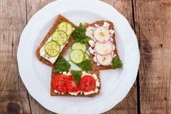 Здоровые закуски в плите Стоковые Фото