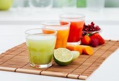Здоровые красочные соки Стоковое Изображение RF