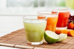 Здоровые красочные соки Стоковое Фото