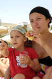 Здоровые мать и ребенок Стоковые Изображения
