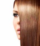 Здоровые длинние волосы Стоковое Фото
