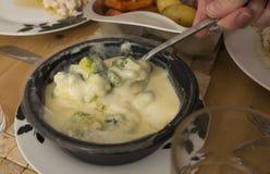 Здоровый на вынос соус сыра whit брокколи Стоковое Изображение RF
