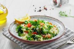 Здоровый салат кускус с овощами Стоковые Фотографии RF