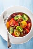 Здоровый салат с красочными томатами Стоковые Изображения