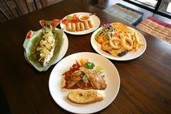 Здоровый тайский комплект еды стоковые фотографии rf