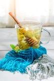 Здоровый чай с медом Стоковое Фото