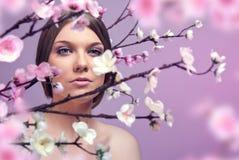 здоровье весны skincare релаксации красотки стоковое изображение rf