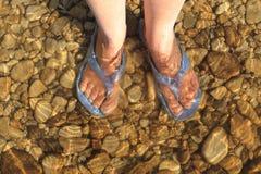 здоровье и чистота на пляже стоковое изображение rf