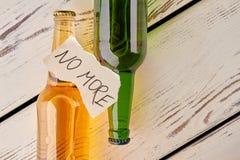 Злоупотребление алкоголем, как остановить Стоковые Изображения RF