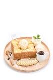 Здравица меда с мороженым банана и ванили на белом backgroun Стоковые Фото