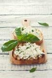 Здравицы с мягким сыром стоковые изображения rf