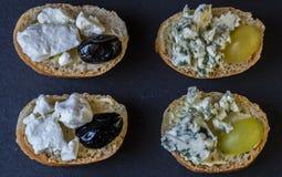 Здравицы с плодоовощами и сыром Стоковые Фото