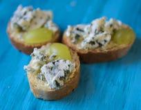 Здравицы с плодоовощами и сыром Стоковые Изображения RF