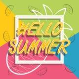 Здравствуйте! перемещение лета Каллиграфия тенденции Концепция летнего времени Стоковая Фотография RF