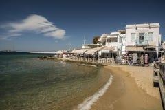 Играйте главные роли клипер с городка Mykonos и гавани Греции Стоковые Фотографии RF