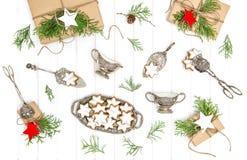 Играйте главные роли положение квартиры столового прибора форменных подарков печений рождества винтажное Стоковые Фото