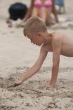 Играть в песке Стоковая Фотография
