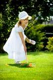 Играть в саде Стоковая Фотография RF