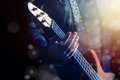 играть гитариста гитары Стоковые Фото