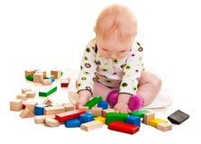 играть девушки кирпичей младенческий Стоковые Фото