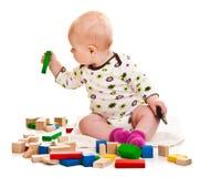 играть девушки кирпичей младенческий Стоковая Фотография