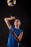 играть женщину волейбола Стоковое Фото