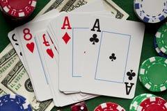 Играть карточки, обломоки покера, и dices Стоковое фото RF