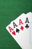 Играть карточки, обломоки покера, и dices на зеленой таблице Стоковая Фотография RF