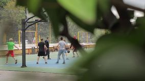 играть людей баскетбола видеоматериал
