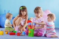 играть малышей Стоковые Фотографии RF