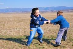 играть мальчиков Стоковая Фотография RF