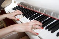 играть рояля Стоковое Фото
