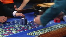 Играть рулетку в казино видеоматериал