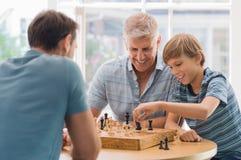 играть семьи шахмат Стоковое Изображение